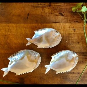 Vtg mother of pearl, hand carved caviar dishes, 🐟